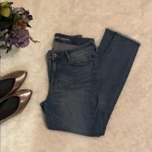ON Midrise ankle Jean